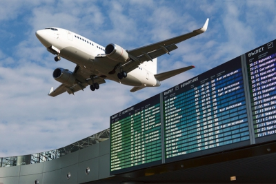 Airport flight information with the list of flights in the sky